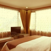 S_Executive-Bed-01
